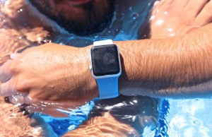 Apple Watch against water: who will win?