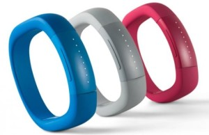 Experts believe that the smart bracelets did not last long on the market will survive