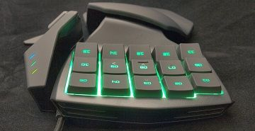 Review manipulator Razer Tartarus