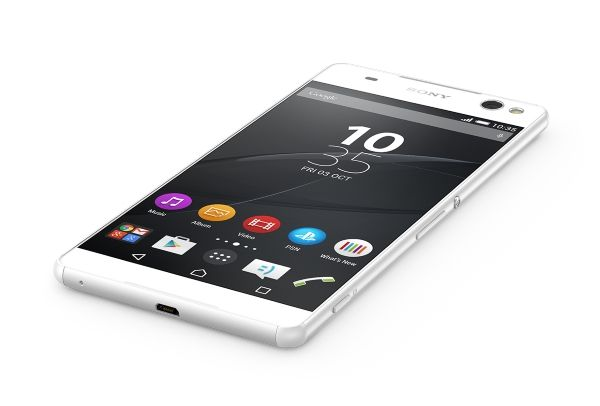 Xperia C5 Ultra and M5: smartphone Sony middle class