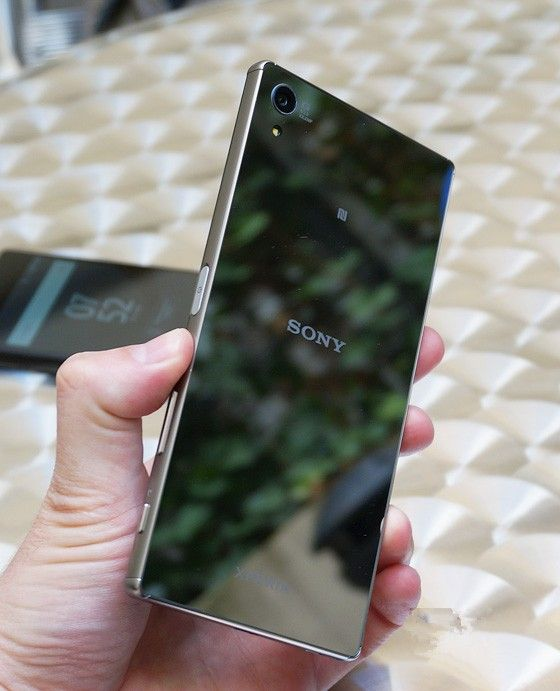 Review Sony Xperia Z5 Premium. First look