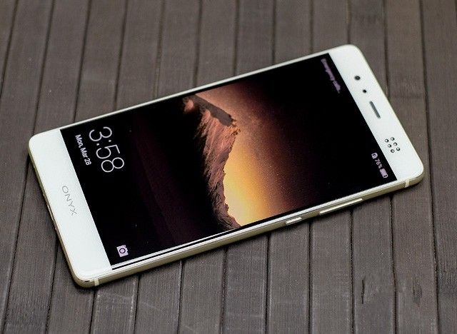 Review Huawei P9: flagship smartphone with Dual Camera Leica