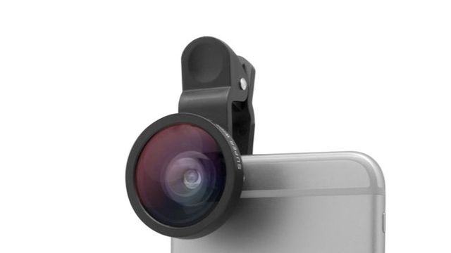 TOP 6 Accessories for Your Smartphone Camera